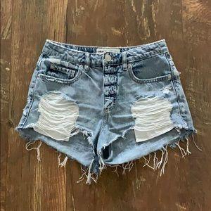 Garage festival distressed shorts